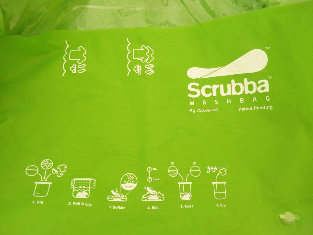 laver son linge en voyage avec le srubba wash bag. Black Bedroom Furniture Sets. Home Design Ideas