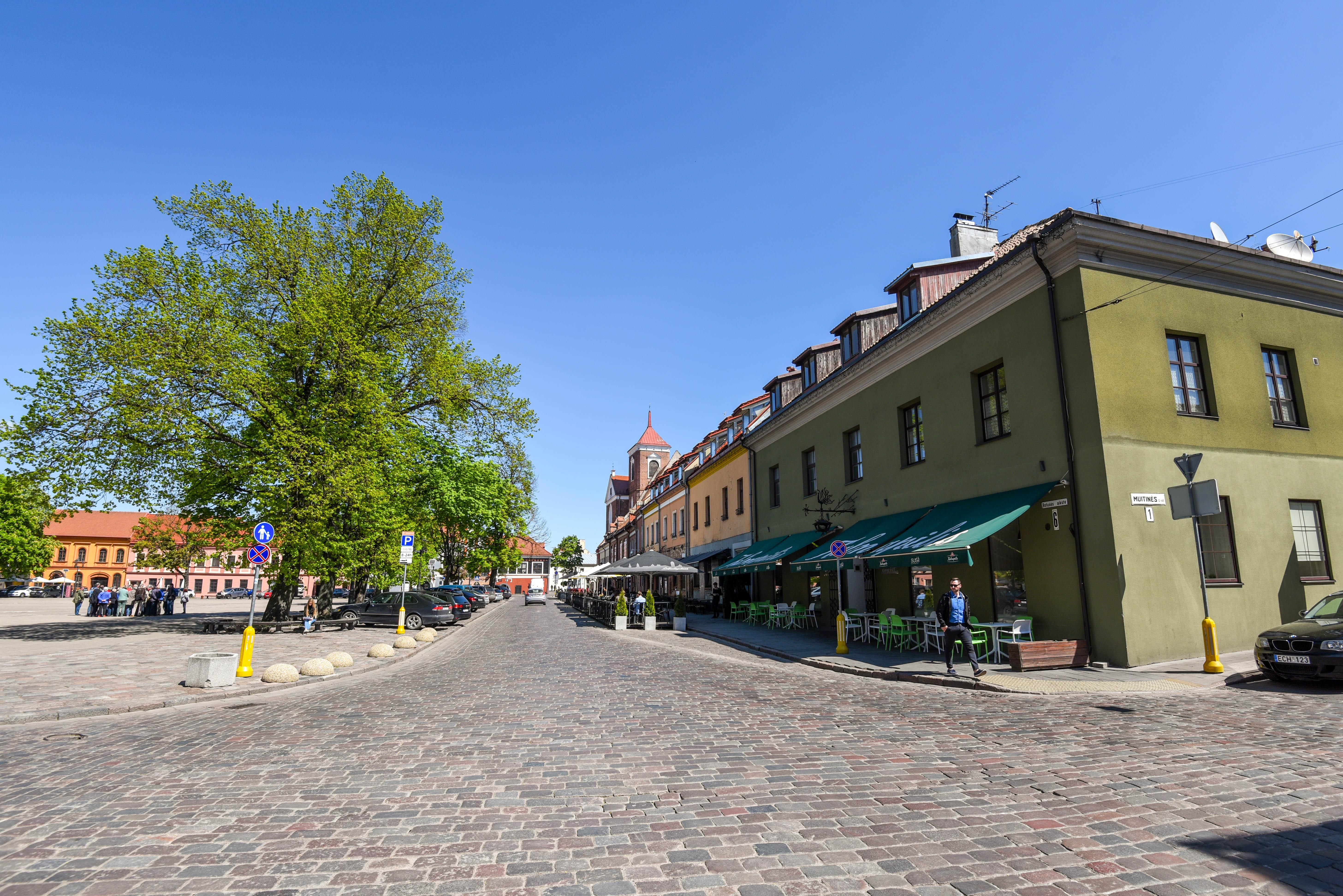 Stop en bus par Kaunas et Riga @neweyes