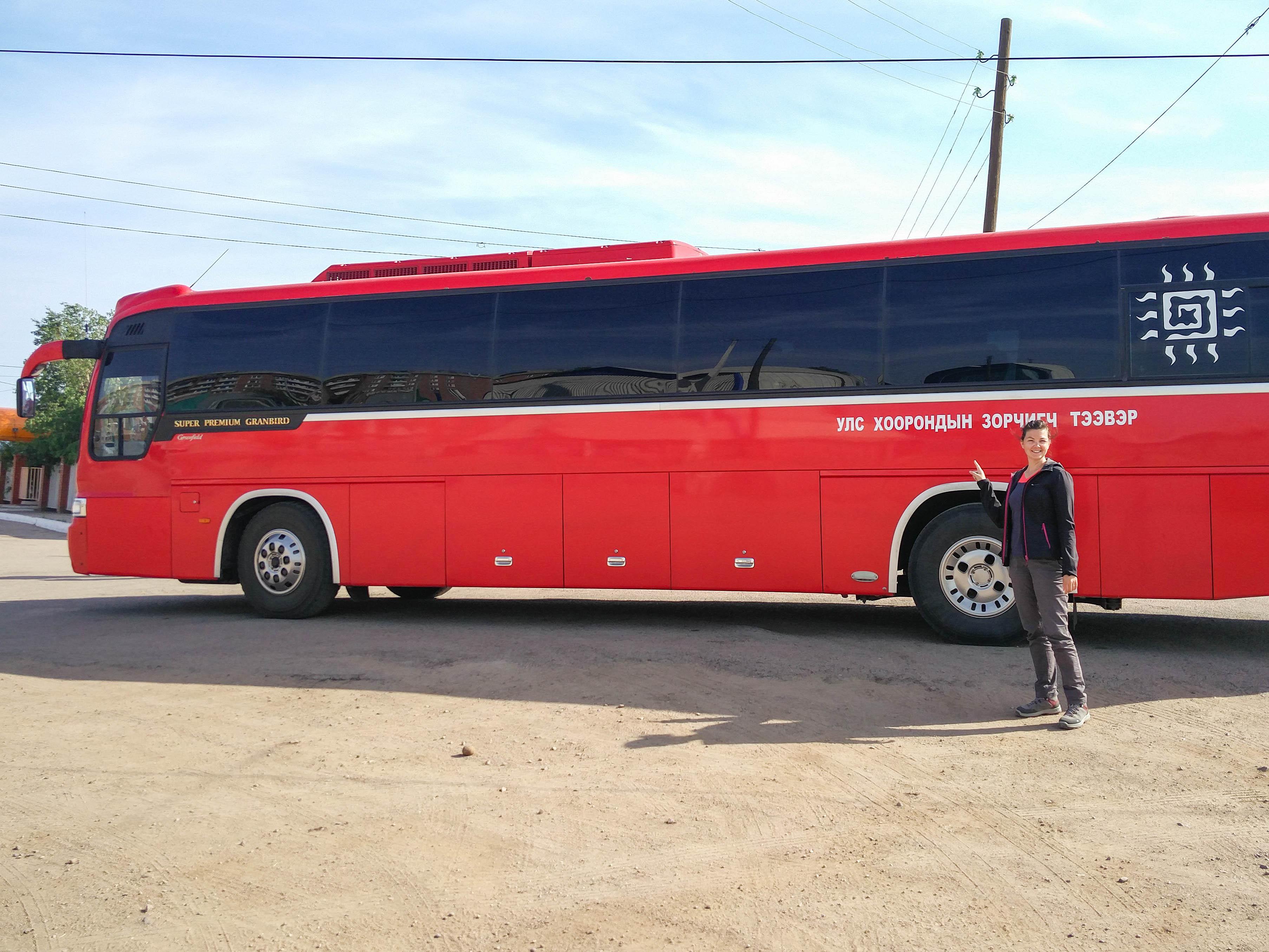 Trajet en bus d'Oulan Oudé à Oulan Bator en Mongolie @neweyes