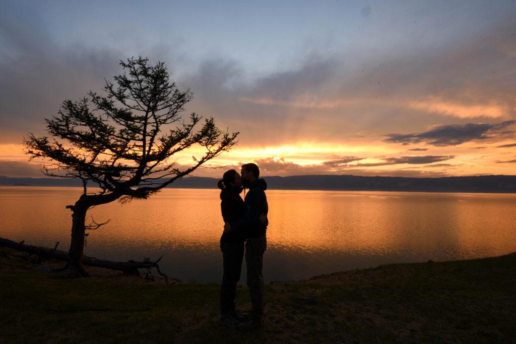 Coucher de soleil sur le lac Baïkal @neweyes