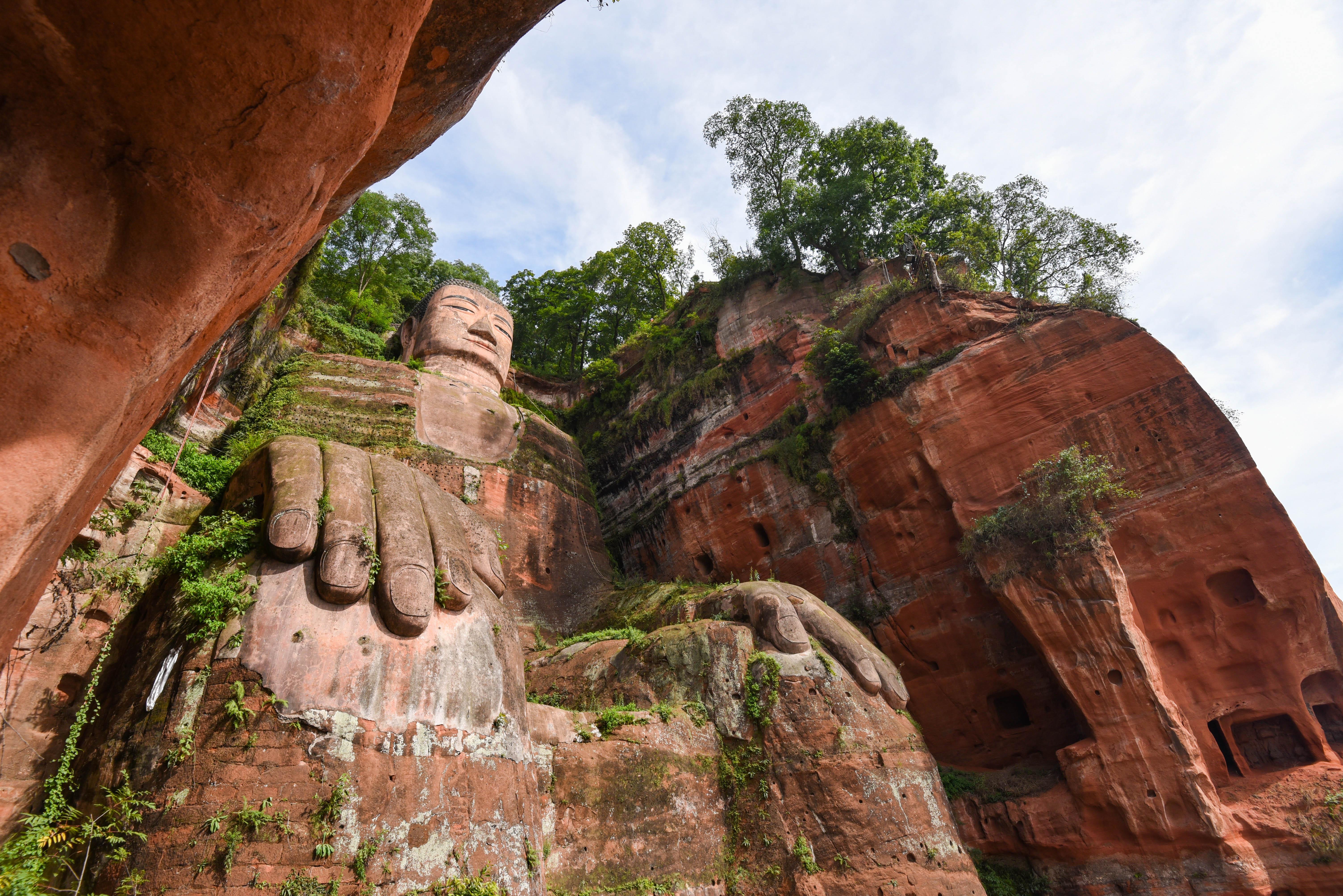 Le bouddha géant de Leshan @neweyes