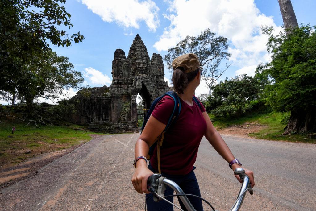 Visiter à vélo les temples d'Ankor pour être seuls ©neweyes