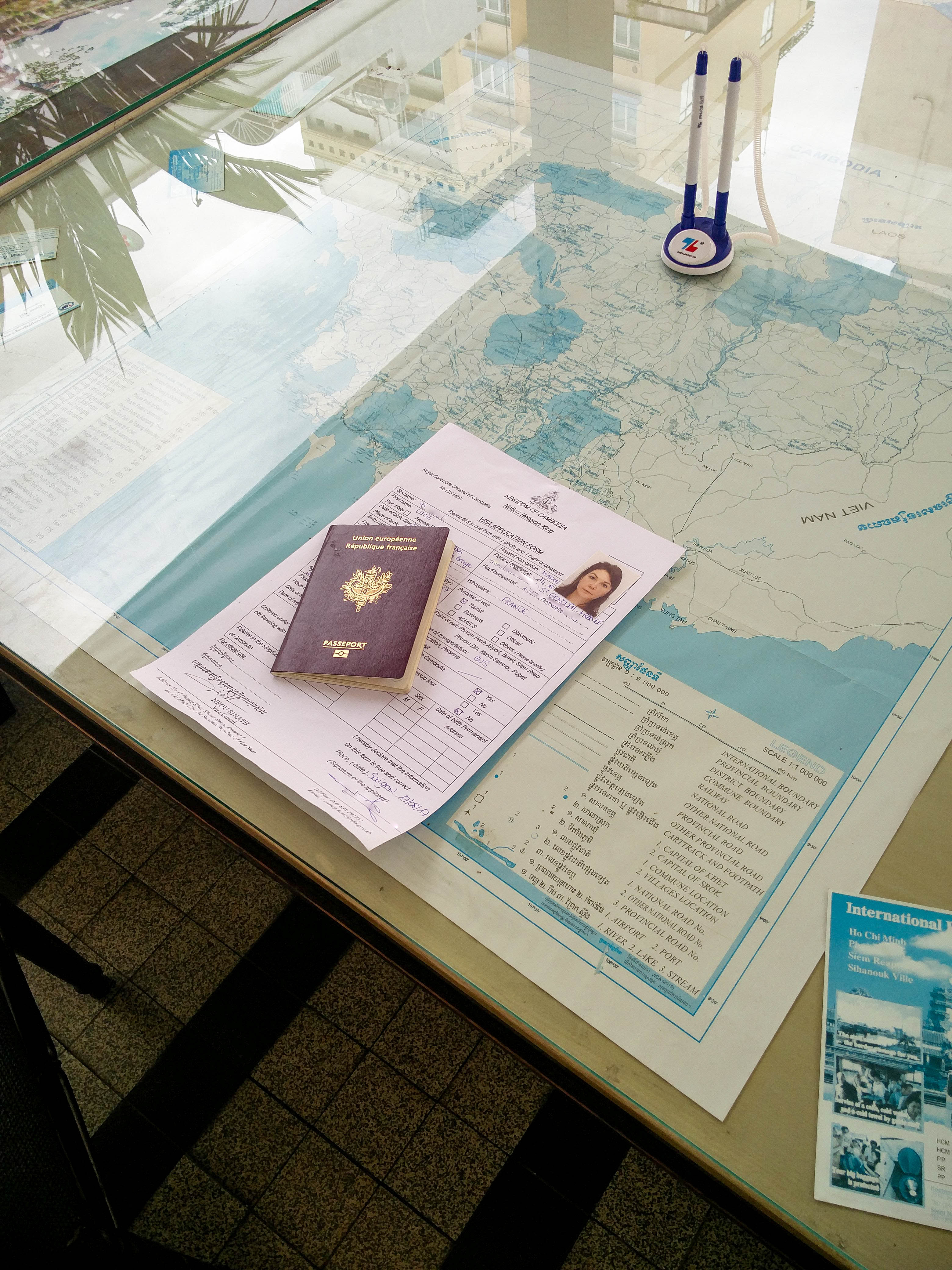 Obtenir le visa Cambodge au consulat dHo Chi Minh @neweyes