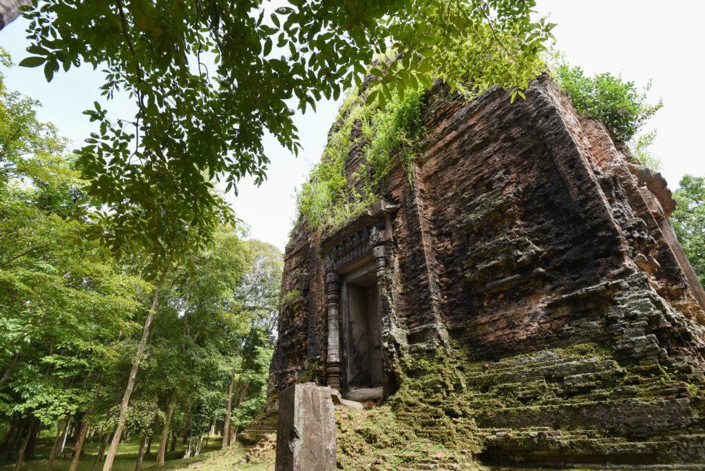 Les temples octogonaux de Sambor Prei Kuk